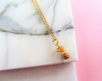 Gold Pineapple Necklace, Gold Necklace,Pineapple,Bridesmaids Gift,Gift for Her,Gold Charm Necklace,Best Friend Necklace,Gold Jewelry