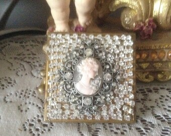 Cameo jeweled rhinestone compact 3 inches, altered