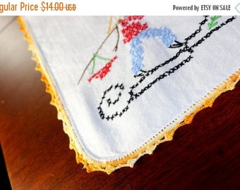 Vintage Linen Runner, Embroidered Table Scarf, Crochet Lace Edging 12895