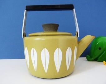 1960's Cathrineholm Danish enamel kettle in the lotus design