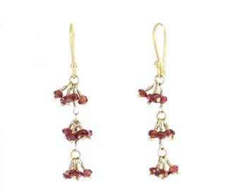 18k Gold Garnet Earrings