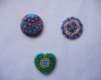 Focal, Millefiori glass multicolored, Package of 2 round 30mm and 1 heart 30mm.