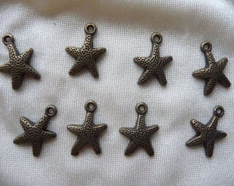 Charms-Sea Star 16.5x12mm, Antique Brass Tone Base Metal, Pack of 7 charms.