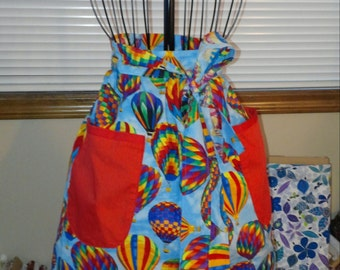 Red trimmed hot air balloon half apron