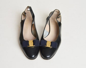 Vintage 90s Salvatore Ferragamo Vara Bow Slingbacks / 1990s Black Leather Shoes  10