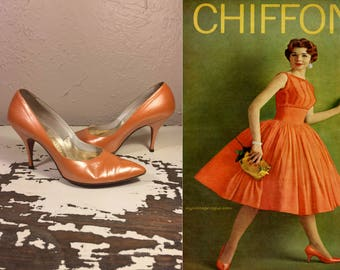 Dancing All Night in Miami  - Vintage 1950s Orange Pearlized Patent Leather Stilettos - 7
