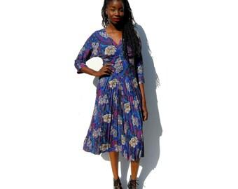 Jewel tones paisley print long sleeve midi dress with yoke waist 1990s 90s VINTAGE