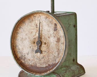 Vintage Green Kitchen Scale