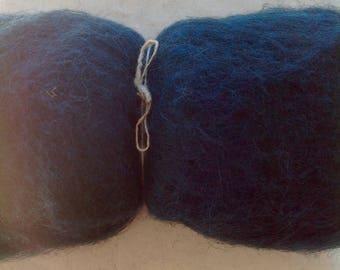 Alpine STONE SHEEP fleece - Blue