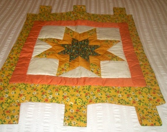 Vintage Handmade Quilted STAR Piece With handles