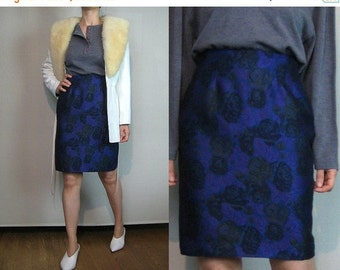 FALL SALE 80s WOOL Tapestry Rose Leaf Print vtg Rayon Wool Blend Leaves Floral Violet Purple Blue Green Black Mini Pencil Skirt xs Small 198