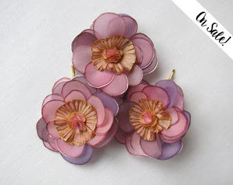 Three handpainted silk wild roses - bobby pins - old rose, amethyst and gold - bridal hair pins ***Item on sale*** Previous price : 36 EUR