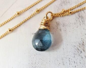 Aquamarine necklace. Layering gemstone necklace. March birthday. Aquamarine jewelry.  Moss blue Aquamarine. Birthstone necklace. Pisces gift