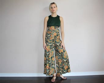 Vintage 1960s Green Floral Palazzo Mod Boho Bell Bottom Jumpsuit - 60s Clothing - WV0213