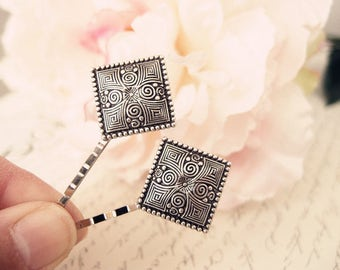 Square floral bobby pins-medieval-shabby chic-steampunk-Victorian V042
