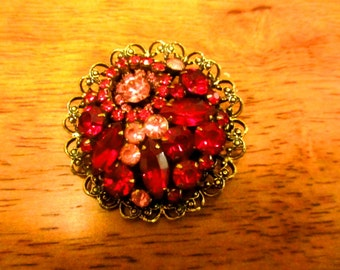 Antique Vintage Old Weiss Broach - Jewelry