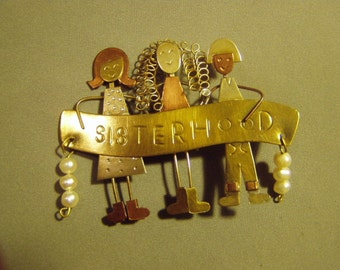 Vintage Mixed Metals Sisterhood Pin With 3 Women Dangling Pearls  9016