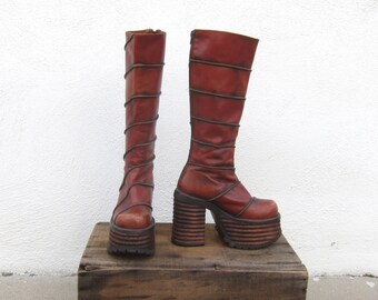 90s Platform Boots Chunky Lug Sole 70s Inspired Hippy Bohemian Raver Wooden Sole Fitted Leather Boots by El Donte Size 6