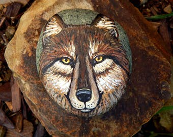 WOLF MEDICINE Hand Painted Stones Rock Art Wolf Totem Animals Spirit Guide Stone ART Nature Paintings Red Wolves Altar Tools Totem Stones