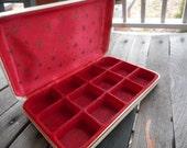 Vintage Small cream leather earring case gold stars, red felt & satin jewelry box dresser tray travel trinket jewel case 1960s 1970s MCHS