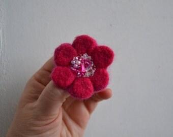 Little Needle Felted Brooch Hot Pink Wool Felt Flower,Small Felt Flower Pin,Little Brooch,Felted Flower,Corsage Brooch,Woolen Brooch
