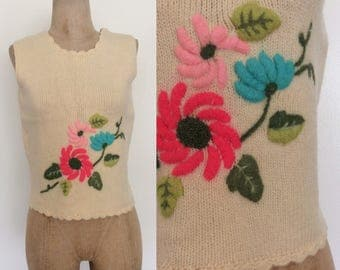 1970's Wool Floral Embroidered Sweater Top Size Small Medium by Maeberry Vintage