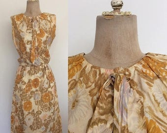 30% OFF 1960's Yellow Floral Silk Dress Vintage Wiggle Dress Size XS Small Tall by Maeberry Vintage