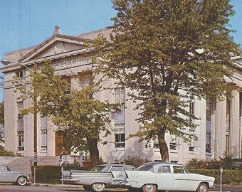 Carroll County Courthouse HUNTINGDON Tennessee TN Vintage Postcard 1950s Unused Old Cars Vintage Cars Building Architecture