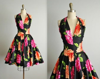 Vintage Halter Dress // 80's Floral Print Cotton Garden Party Full Circle Summer Dress S