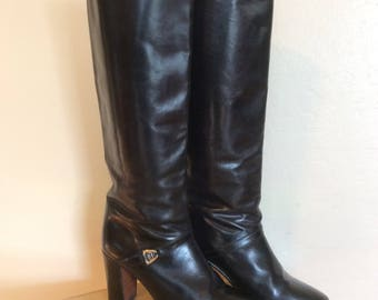 Vintage 1970s 1980s Gucci knee high Boots Made in Italy