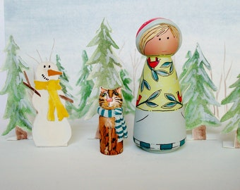 """Christmas Peg Doll Playset Holiday Toy """"Holly and Mittens"""" Hand Painted Wood Dolls"""