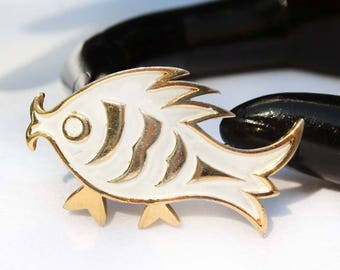 Vintage TRIFARI White Enamel and Gold-Plated Metal Fish Brooch