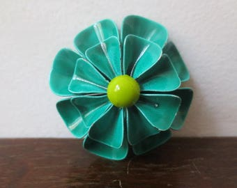 Vintage '60s Mod Pop Enameled Metal Flower, Dome-Shaped Pin / Brooch