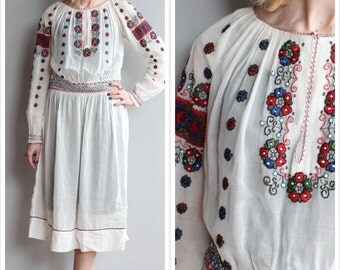 1920s Dress // bohemian Hungarian Embroidered Dress // vintage 20s dress