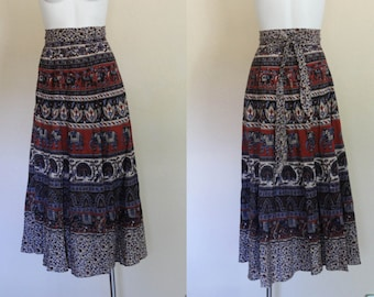 Vintage 1970s Indian Cotton Wrap Skirt / Vintage 1970s Indian Wrap Skirt / Batik Vintage Indian Cotton Wrap Skirt / Free Size