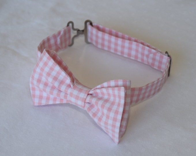 Boy's pre-tied Bow Tie in pale pink gingham, matching father/son bow ties, custom boy's bow tie, pink wedding accessory, toddler bow tie