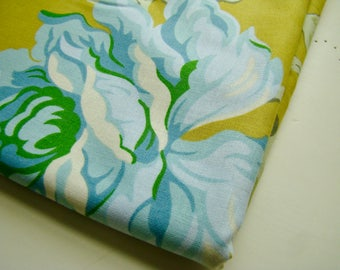 Heather Bailey Nicey Jane Hello Roses Antique Gold HB-18 Fabric OOP Half Yard Very Hard to Find Rare