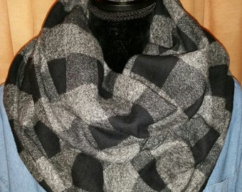 Black & Gray Buffalo Check,Plaid Scarf,Infinity Scarf,Women's Scarf,Flannel Scarf,Gift for Her,Circle scarf,Hooded Scarf,Great Gift Idea