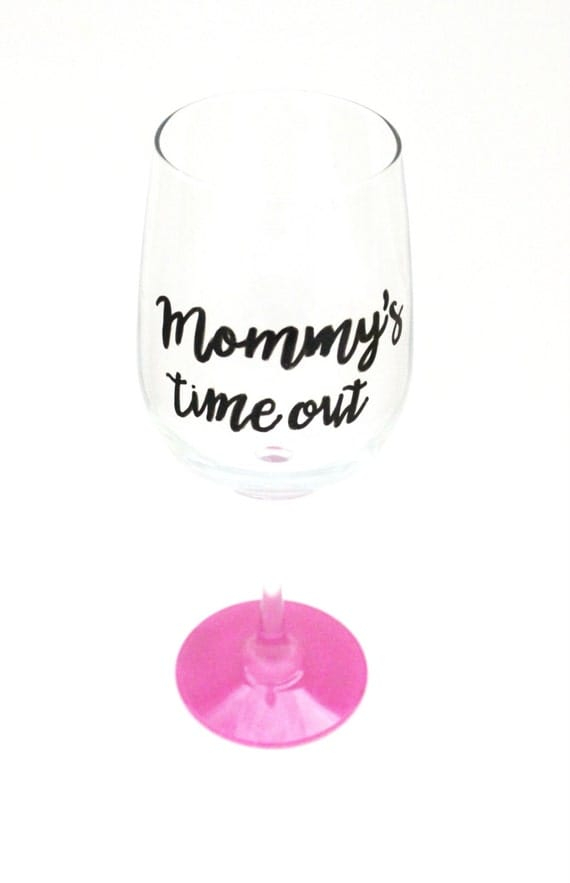 Mom Wine Glass, Painted Wine Glasses, Wine Glasses for Moms, Wine Glasses with Sayings, Gift for New Mom, Funny Wine Glasses