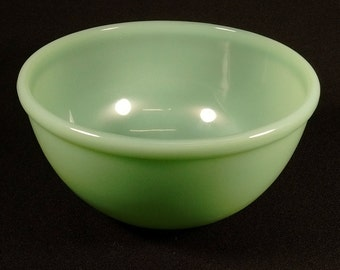 "Vintage Fire King Oven Ware Jadite Jadeite Mint Green 7"" Mixing Kitchen Bowl"
