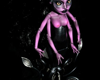 On Reserve for Iro payment 4/4 ON SALE ooak monster high doll custom repaint reroot great scarrier reef octopus witch tentacles - Ursula