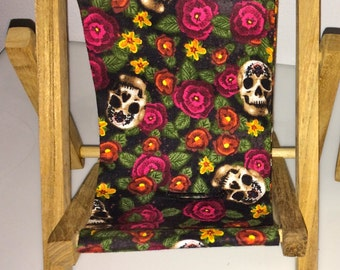 Roses Skulls Pirate Day of the Dead  Dia De Los Muertos Large Cell Phone Chair Mamakohawaii
