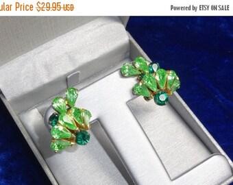 ON SALE Beautiful Big rhinestone earrings, Emerald  and Peridot colored  rhinestones,  clip ons
