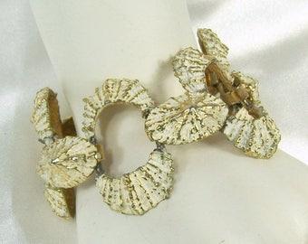 Spring Special Sale Vintage 1960s Bracelet Enamel Gold Tone White Open Work Link Textured Shell