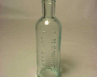 c1880s Dr. N. C. White's Puly Elixir Highgate, VT. , Aqua Blown Glass Cork Top Medicine bottle No. 4