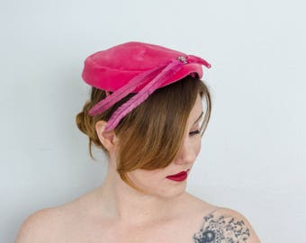 1950s vintage hat / pink velvet cocktail hat
