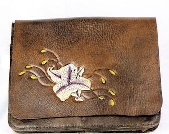 Lily Messenger bag
