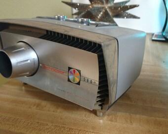 Mid Century Technicolor 580 movie projector