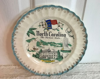 Vintage State Plate - North Carolina - NC - Collector Plate - Wall Decor - Kitchen Dining Room Decor      SP2