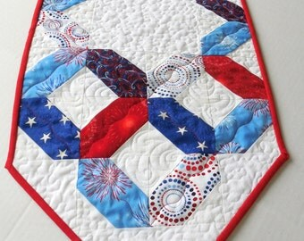 Patriotic Table Runner-Reversible-Free Shipping to US and Canada